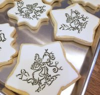 Paint Your Own Custom Cookies